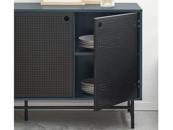 Mesa y sillas de madera para exterior