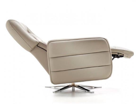 Cómoda de dormitorio en pan de plata