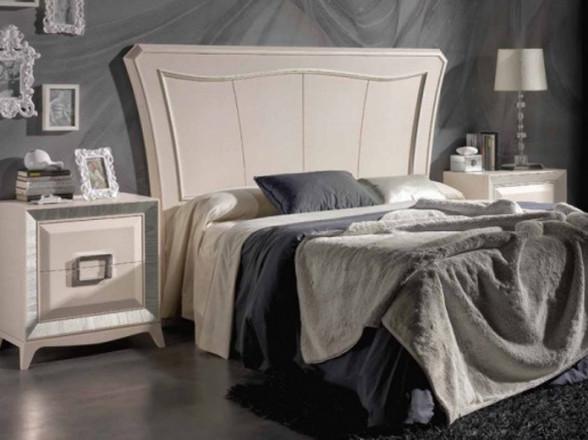 Reloj de pared de metal y madera