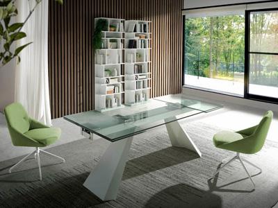 Conjunto de mesas y sillas, butacas, taburetes y banquetas de Muebles Nacher en Móstoles, Madrid