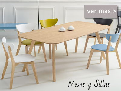 Mesas y sillas modernas para el salón